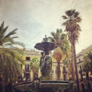 Fountain of Three Graces at placa reial